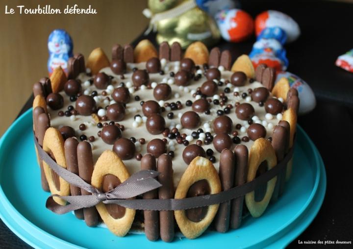 Entremet au caramel et au chocolat: le Tourbillondéfendu