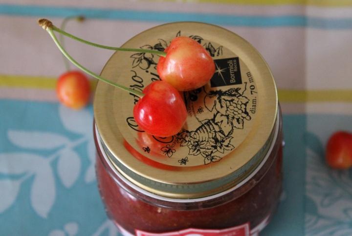 Confiture de fraises et decerises