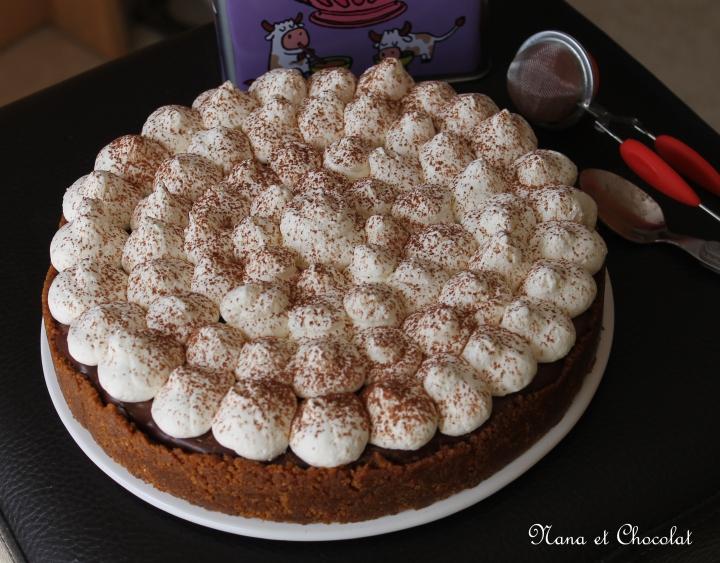 Banoffee pie  ( tarte spéculoos, caramel, banane,chocolat)