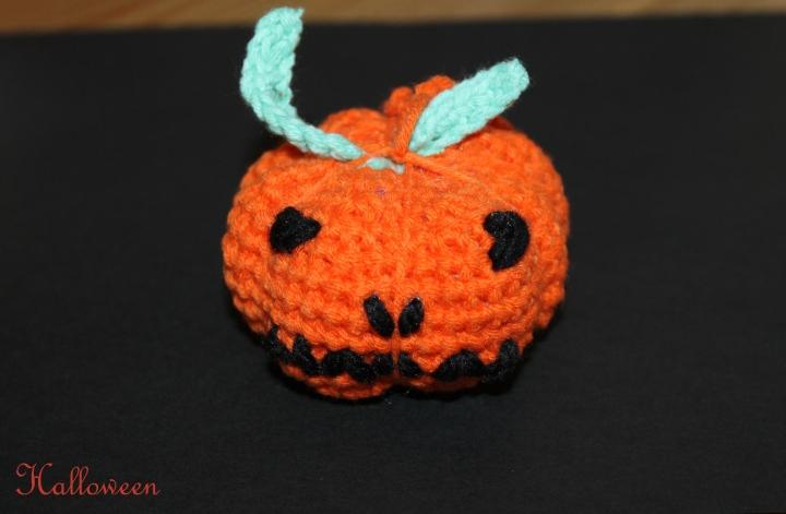 Petite citrouille au crochet pour Halloween,DIY