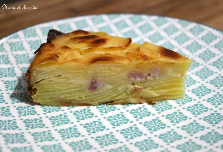 Gâteau invisible aux pommes de terre et fromage àraclette