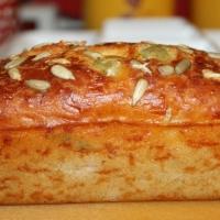 Cake aux lardons et aux olives de Sophie Dudemaine