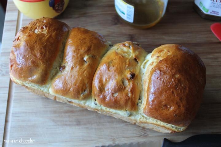 Brioche légère ( et moelleuse) au fromage blanc et aux raisins deMarlette
