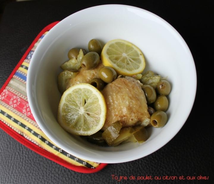 Tajine de poulet au citron et auxolives