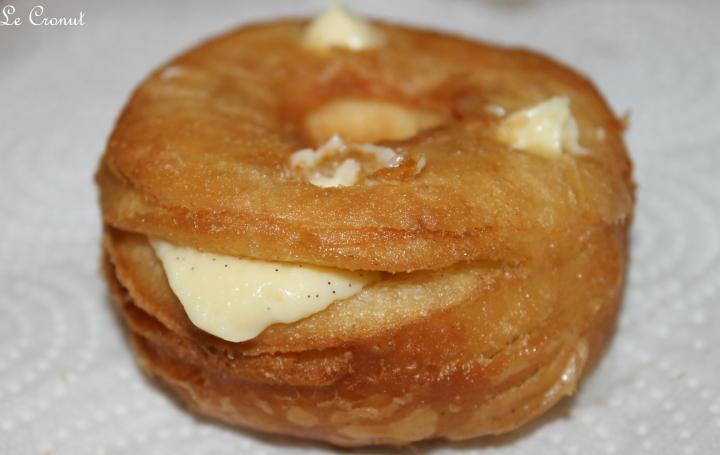 Le Cronut ( moitié croissant, moitié donut)