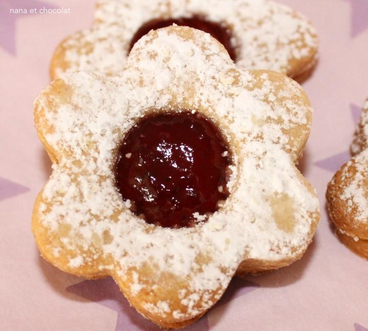 Bredele  à la confiture ou au chocolat ( biscuits sablés)