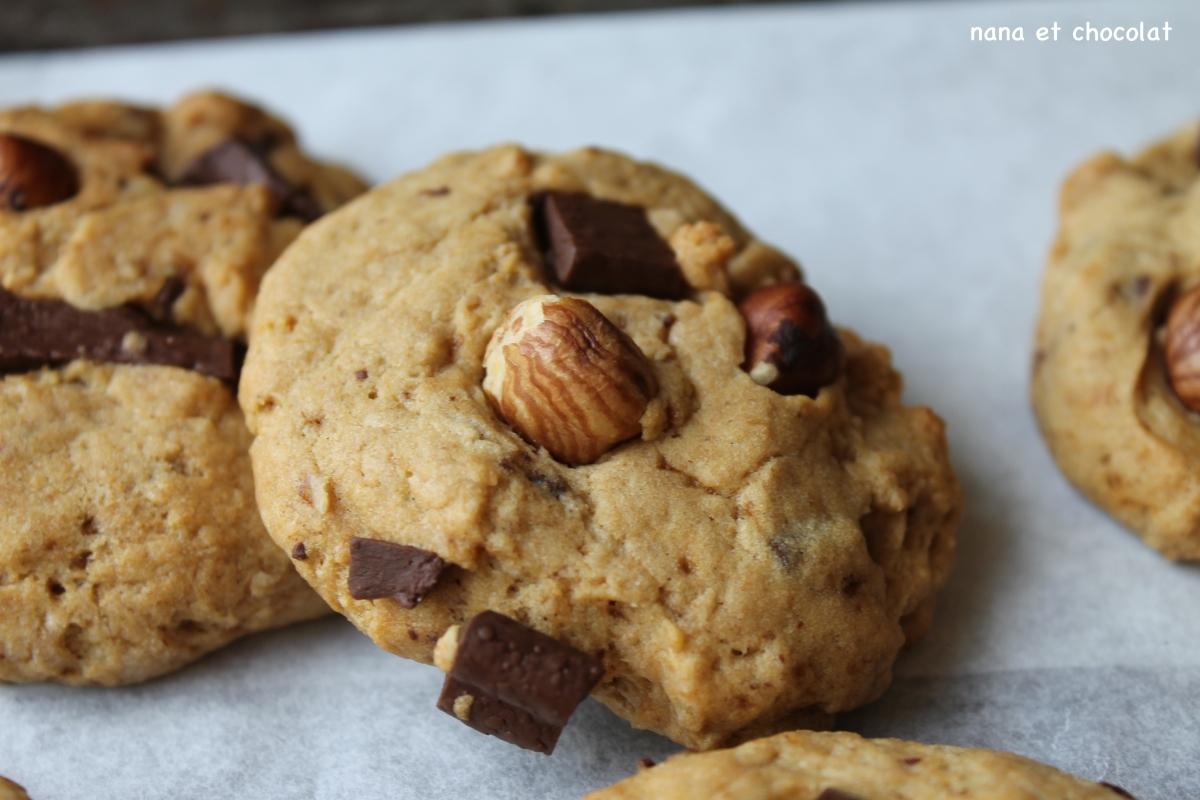 Cookies à l'épeautre, noisettes et chocolat