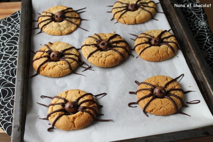 Spider cookies pour Halloween ( biscuitsaraignées)