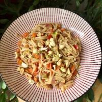 Pad Thaï végétarien ( nouilles à la thaïlandaise, recette rapide)