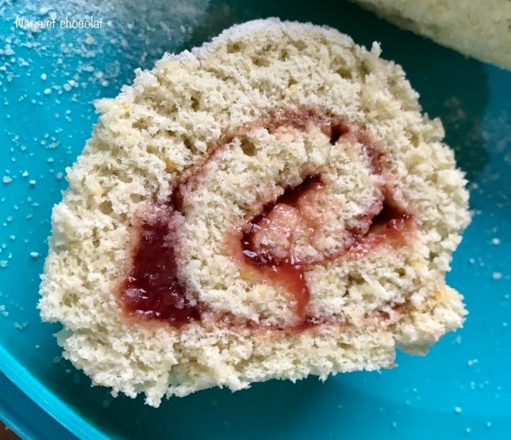 Biscuit roulé à la confiture de fraise #365joursdegoûtersmaison