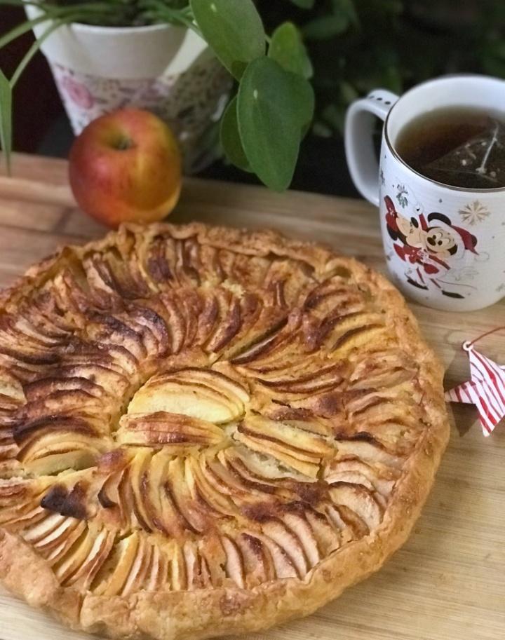 Tarte aux pommes et aux amandes façon Cyril Lignac, et Bonneannée